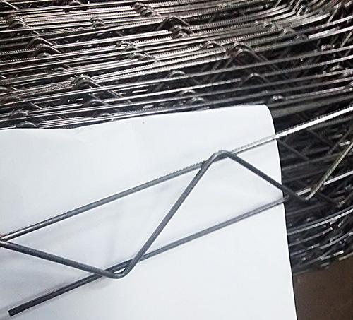 Фиксатор арматуры Змейка 40 мм из проволоки 4 мм  длина 2 м